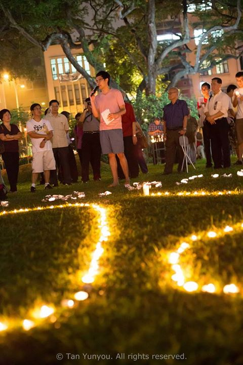 Candlelight Vigil for Roy Ngerng Photo 3
