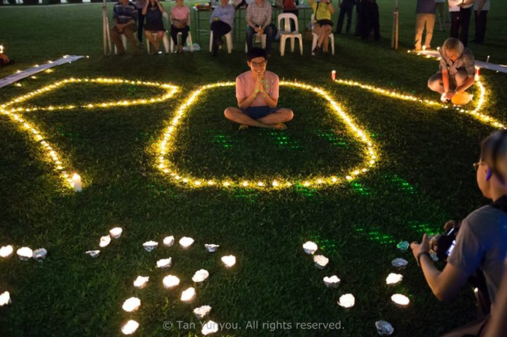 Candlelight Vigil for Roy Ngerng Photo 5