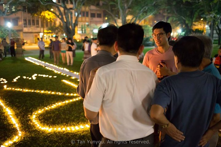 Candlelight Vigil for Roy Ngerng Photo 6