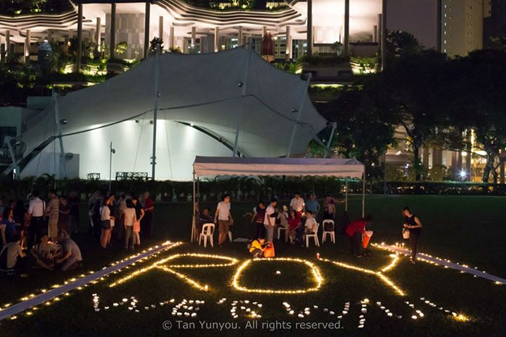 Candlelight Vigil for Roy Ngerng Photo 7
